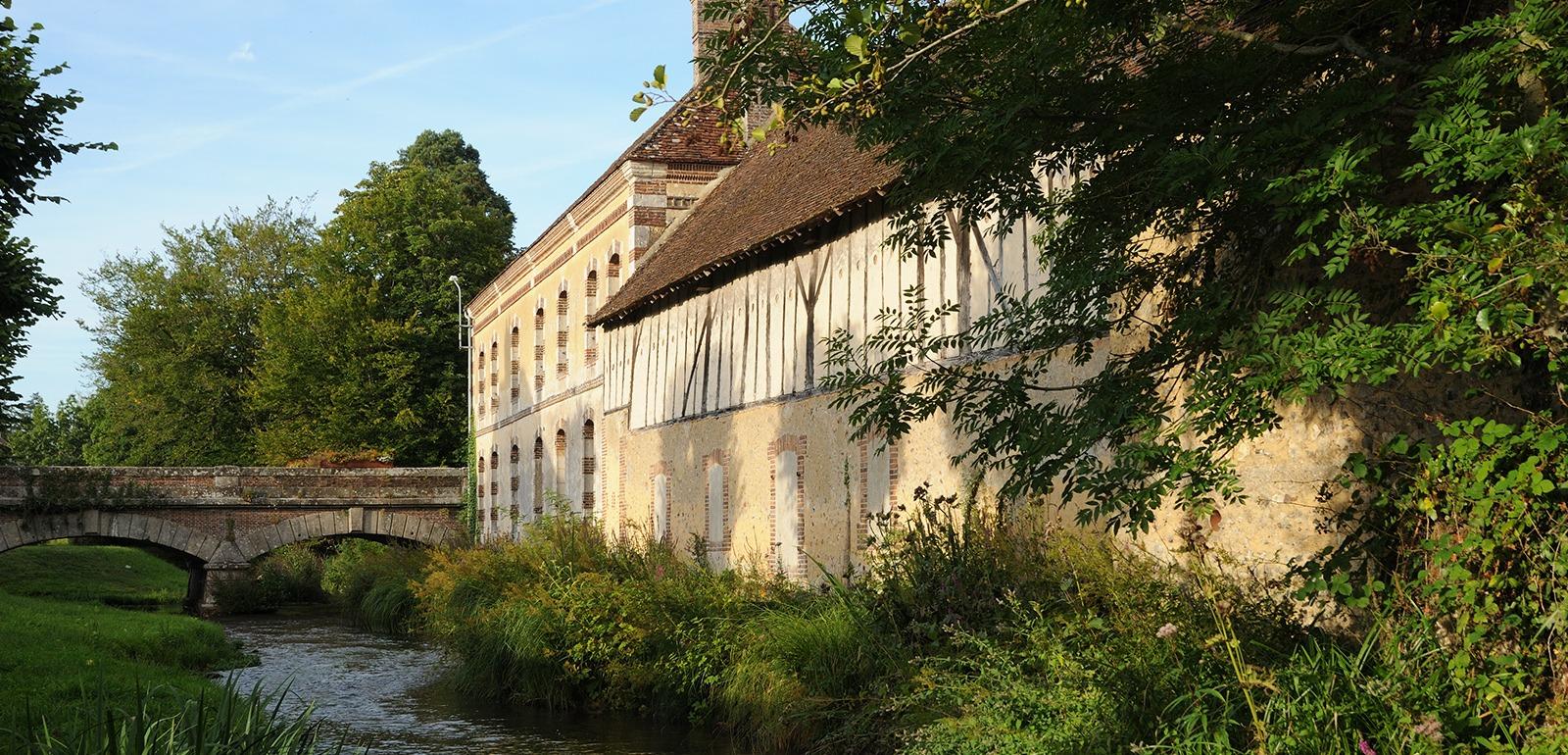 Châteaux et étangs © D. Commenchal