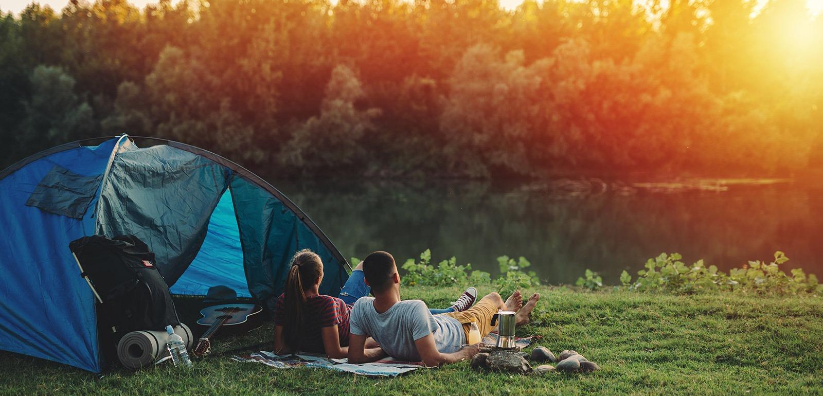 Camping © cherryandbees