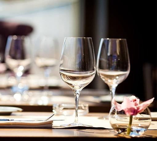 Restaurants © Andrew Bayda